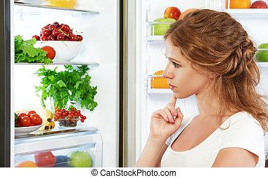 lycklig woman, och, öppna, kylskåp, med, frukter, grönsaken,...