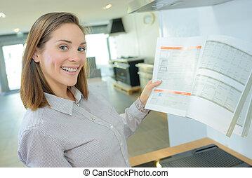 lycklig woman, uppköp, a, lägenhet