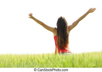lycklig woman, uppresning beväpnar, in, a, fält