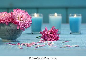 lyserød, chrysanthemum, blomster, hos, candles