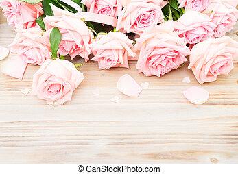lyserøde roser, træ, blooming