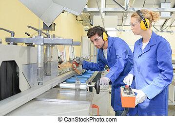 máquina, industrial, jovem, trabalhe pessoas