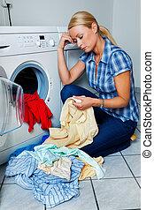 máquina, lavando, dona de casa