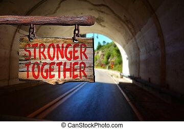 más fuerte, juntos