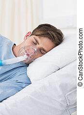 máscara desgastando, hospitalar, paciente, oxigênio