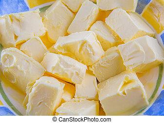 máslo, semknout se
