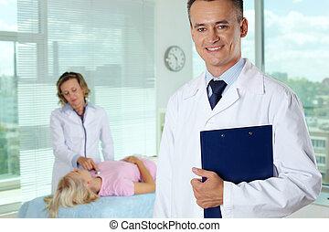 mâle, clinicien