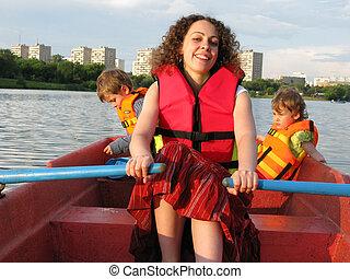 mãe crianças, ligado, bote