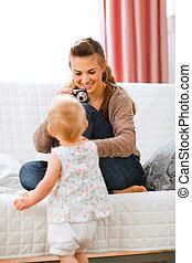 mãe, fazer, bebê, jovem, fotografias