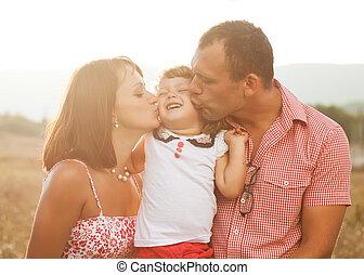 mãe, filha, pai, feliz
