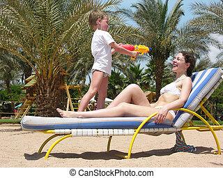 mãe, praia, criança