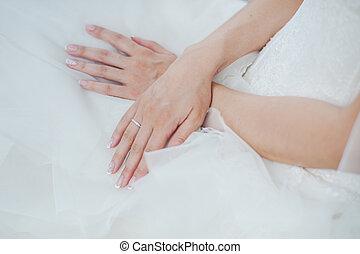 mão, de, noiva, com, casório, ring.
