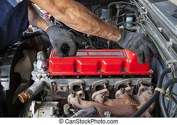 mão, reparar, e, manutenção, cilindro, motor diesel, luz,...