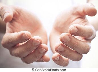 mãos abertas