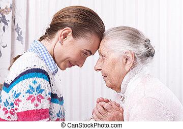 mãos ajuda, cuidado, a, idoso, conceito, sênior, e, caregiver, segurar passa, casa