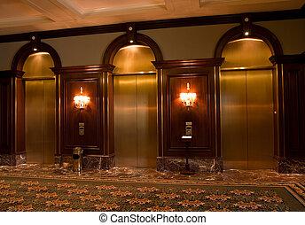 mässing, elevator dörrar