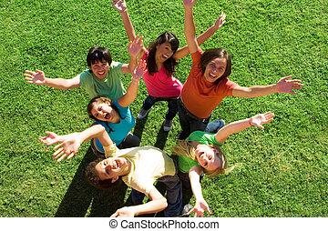 mångfaldig, grupp, av, lycklig, tonåren