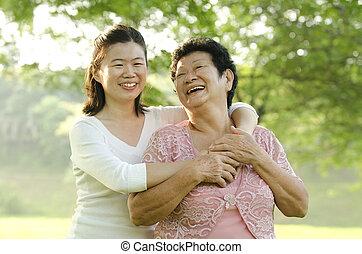 mère, asiatique, fille