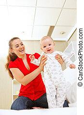 mère, bébé, promenade, portion, sourire, apprendre