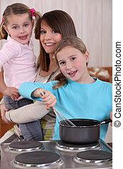 mère, cuisine, deux, filles, jeune