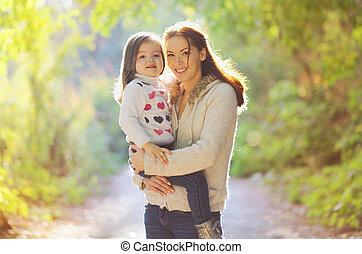 mère, dehors, automne, enfant, portrait, heureux