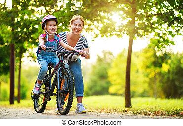 mère, enfant, cavalcade, parc, famille, enseigne, heureux, fille, vélo
