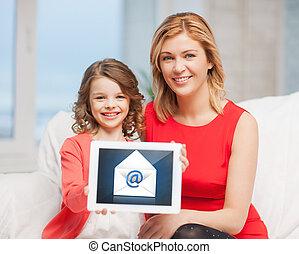 mère fille, à, pc tablette