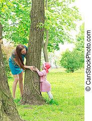 mère fille, jouant peau cycle recherche