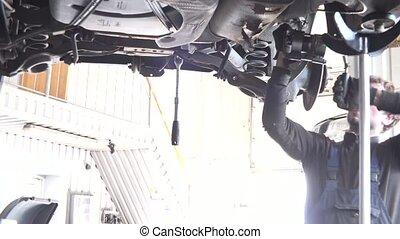 mécaniquede l'auto, contre, réparation, light., intensif, automobile
