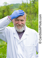 médecin, personne agee, extérieur, uniforme