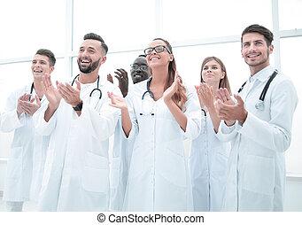 médecins, applaudir, sourire, camarade