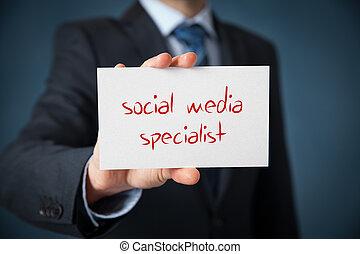 média, social, spécialiste