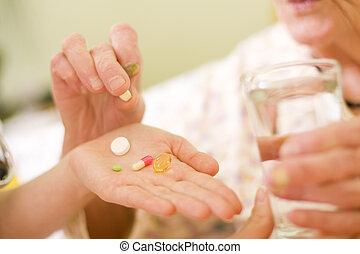 médicaments, pour, une, vieille femme