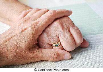 médico de mujer, o, tenencia de la mano, enfermera, 3º edad