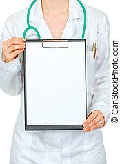 médico, doctora, tenencia, blanco, portapapeles, en, manos, aislado, en, white., close-up.