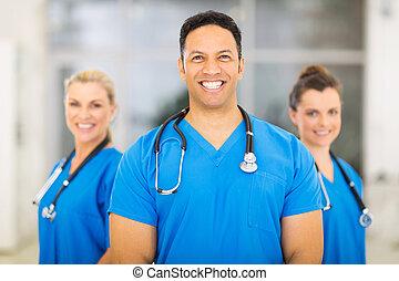 médico médico, con, colegas, fondo