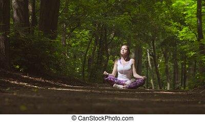 méditation, femme, parc, jeune