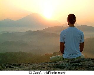 méditation, levers de soleil