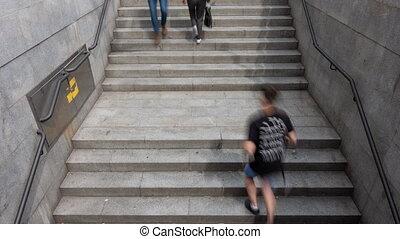métro, gens, défaillance, brouillé, temps, escalier