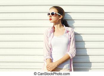 mód, meglehetősen, kisasszony, alatt, napszemüveg, felett, white háttér