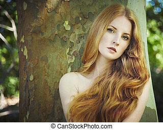 mód, portré, közül, fiatal, meztelen woman, alatt, kert