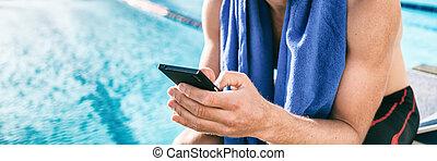 móvel, mensagem sms, atleta, malhação, nadador, race., piscina, nade, natação, cellphone, triathlon, usando, durante, homem, texting, treinamento, telefone