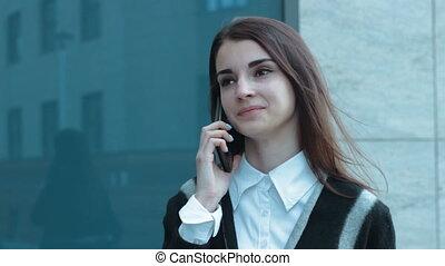 mówiąc, ruchomy, młody, telefon, dziewczyna, cutie