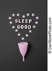 möjlighet, ord, noll, sömn, lay., bakgrund, good., natt, produkt, hygien, svart, besparingar, kvinnlig, lägenhet, hjärta, använda, rosa, minimalism., begrepp, menstruations, vertikal, öde, kopp