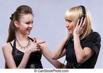 música, dos, escuchar, mujeres
