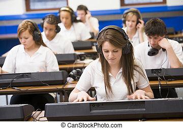 música, teclado, practicar, clase, alumnos