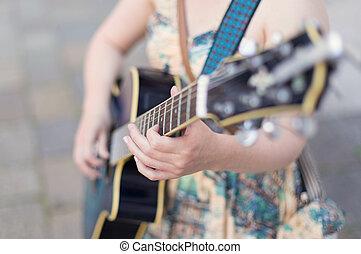 músico, guitar., calle, juego, hembra