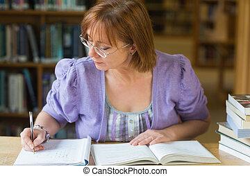 mûrir, bureau, notes, femme, écriture, étudiant, bibliothèque