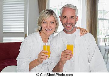 mûrir, jus, couple, tenue, orange, heureux