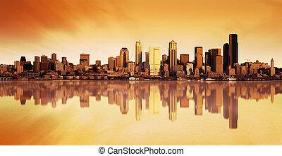 město, východ slunce, názor